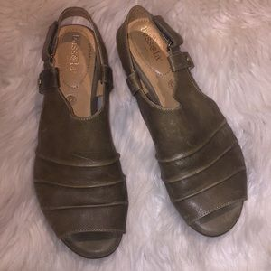 Bussola coimbra globe sandals olive green size 40